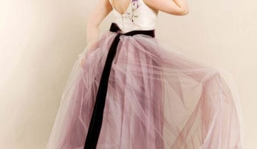 How to add color in yourwedding dress